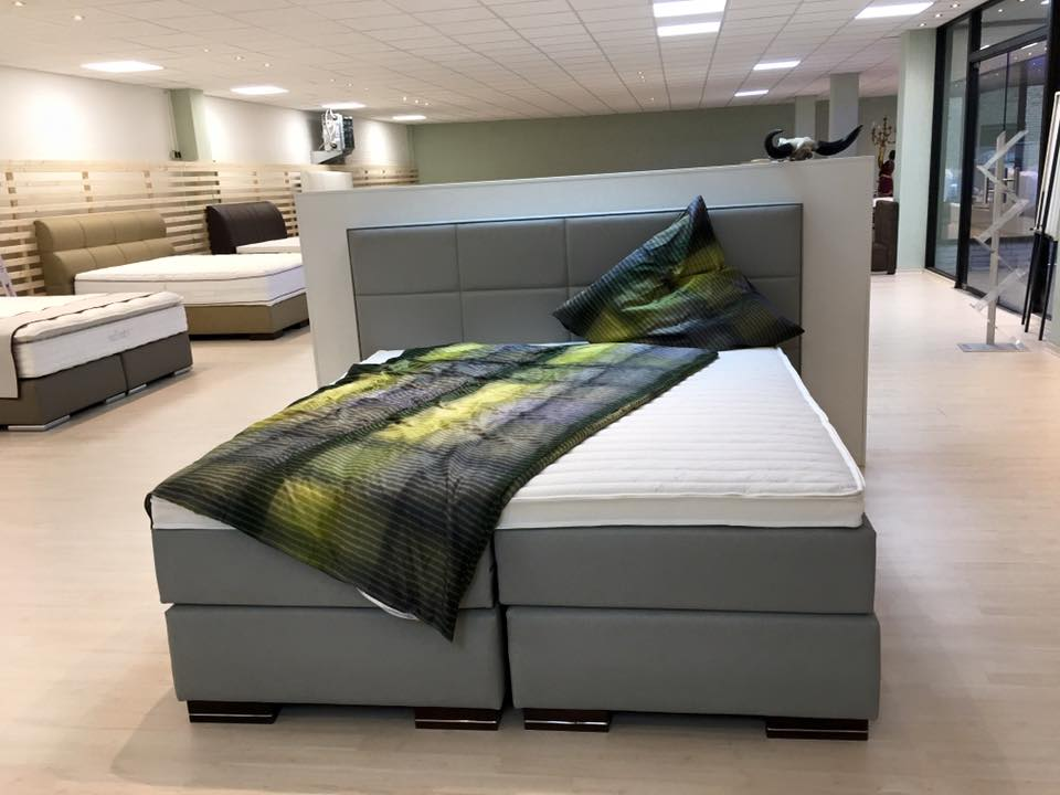 wasserbetten bielefeld der besuch lohnt sich. Black Bedroom Furniture Sets. Home Design Ideas