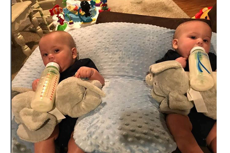 Stillkissen Für Zwillinge : das zwillinge stillkissen twinki stillen zuf ttern baby lagerungskissen ~ Orissabook.com Haus und Dekorationen